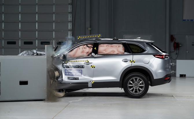 2017 Mazda CX-9 Earns IIHS Top Safety Pick+ Award