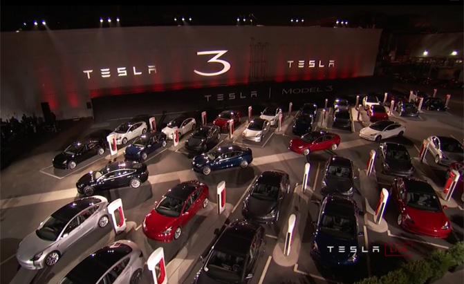 Tesla Model 3 Adds 'Long Range' Variant with 310 Miles