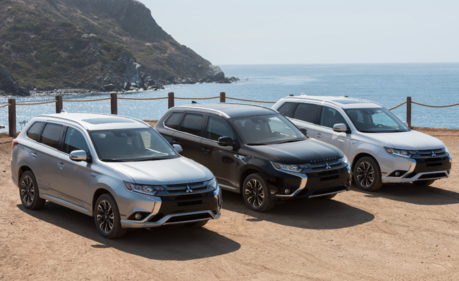 Mitsubishi's Plug-in Hybrid Crossover is Finally Heading to the US