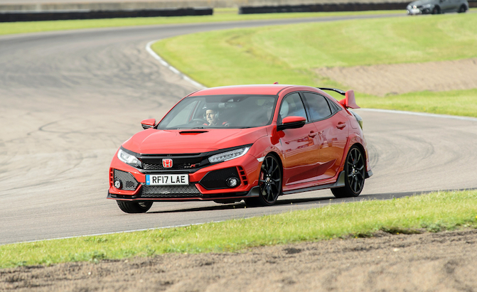 Former F1 Driver to Chase Lap Records in Honda Civic Type R