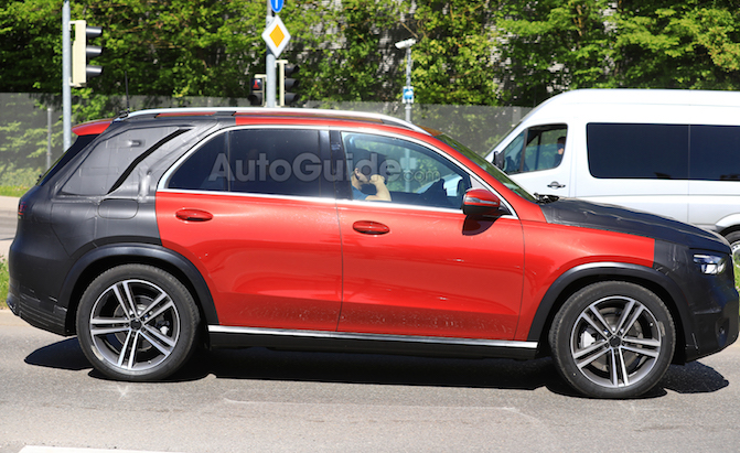 2019 Mercedes GLE Spied Looking Showroom Ready