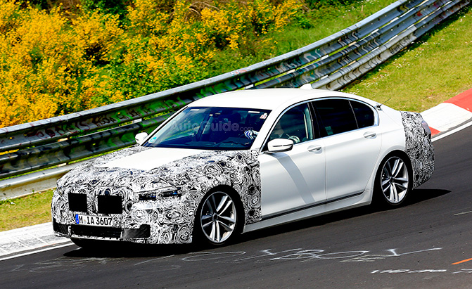 Updated 2019 BMW 7 Series Seen Testing at the Nurburgring