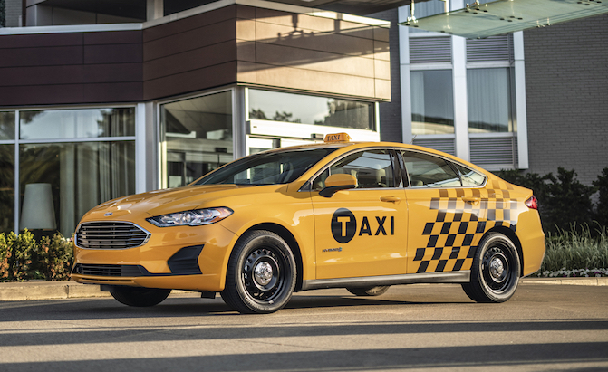 2019 Ford Fusion Hybrid Taxi is Ready for Whatever NYC Can Throw at it